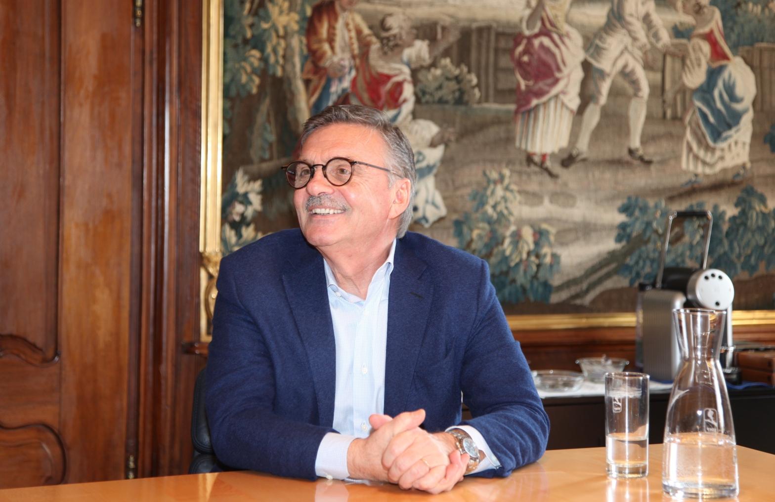 «Mit der neuen ZSC-Halle werden die Voraussetzungen in Zürich noch besser», erklärt der IIHF-Präsident René Fasel. Foto: Pascal Wiederkehr